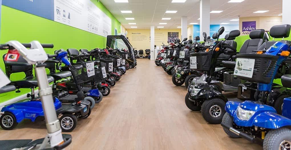 Comment choisir le meilleur scooter électrique pour personne senior, handicapée ou à mobilité réduite parmi les modèles proposés